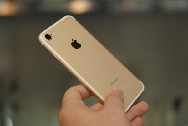 iPhone 7, 7 Plus bi loi mic lúc nang cap iOS 11.3 hinh anh 1